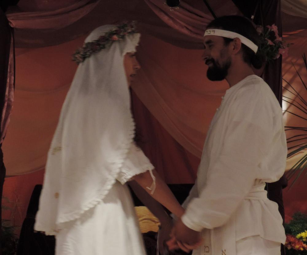 Novios pronunciando sus votos el uno al otro - Alianza del Matrimonio